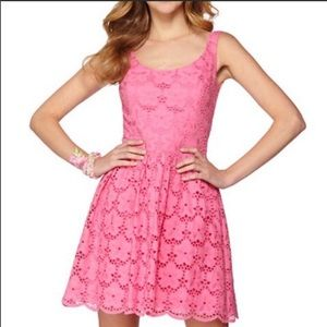 TRENDING Lilly Pulitzer Pink Eyelet Lace Dress